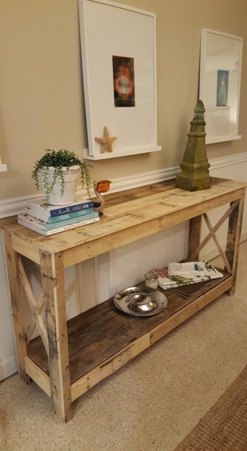 STYLISH AND FUNCTIONAL DIY PALLET FURNITURE