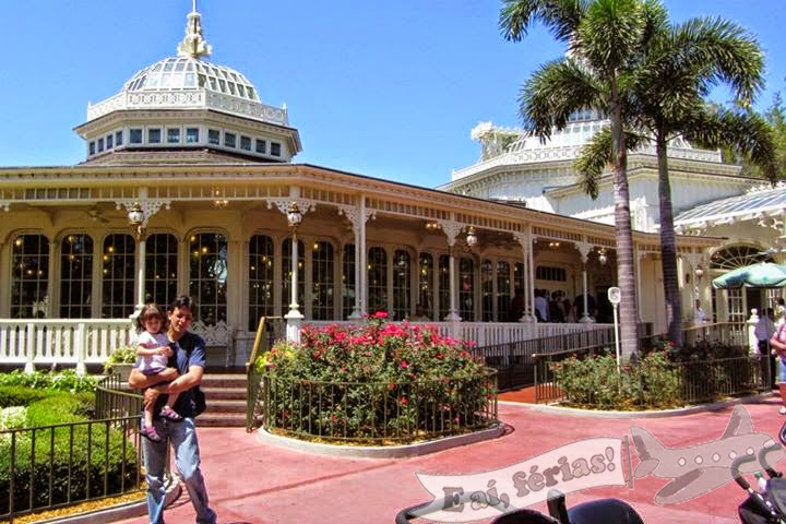 The Crystal Palace, Magic Kingdom, WDW, Orlando