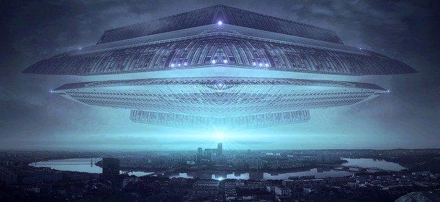 विशाल उड़न-तश्तरी - एलियन की कहानी - Mystery of Alien
