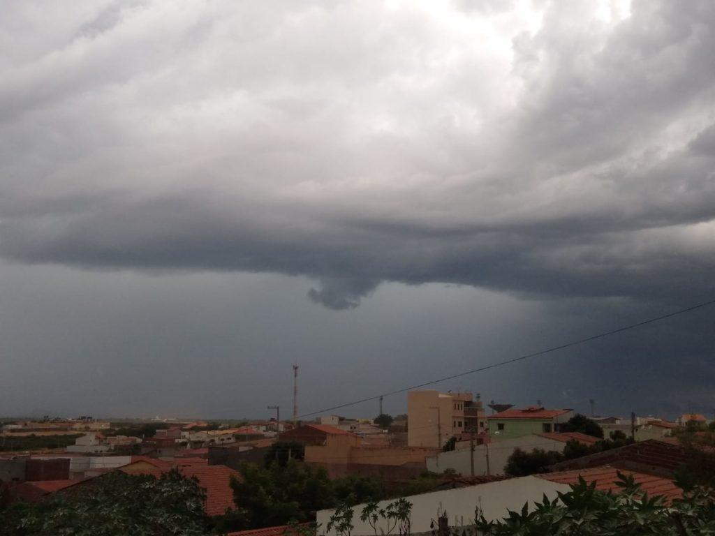 Meteorologia prevê possibilidade de 100mm de chuvas nos próximos 4 dias em Malhada de Pedras e região circunvizinhas