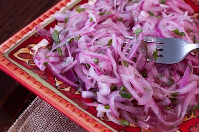 Salsa Criolla - Salada Peruana de Cebola Roxa (vegana)