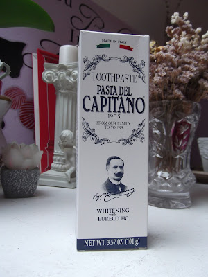 bieliaca zubná pasta Pasta Del Capitano Whitening Toothpaste