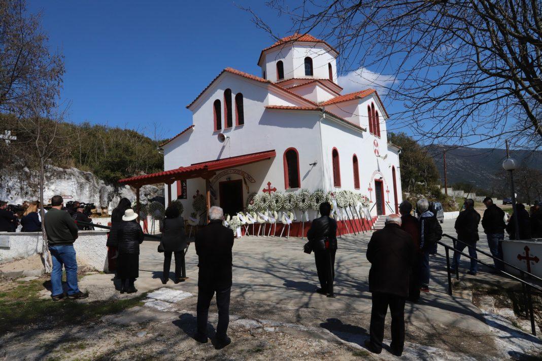 Σε κλίμα βαθιάς θλίψης η κηδεία του Γ. Καραϊβάζ στη Δράμα