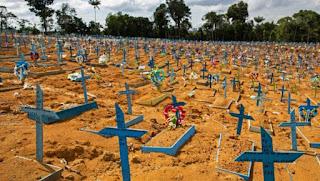 Brasil completa um ano do 1º caso de Covid-19 na contramão do mundo