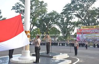 Kegiatan Upacara Bendera Di Mapolda Dipimpin Oleh Wakapolda Jambi