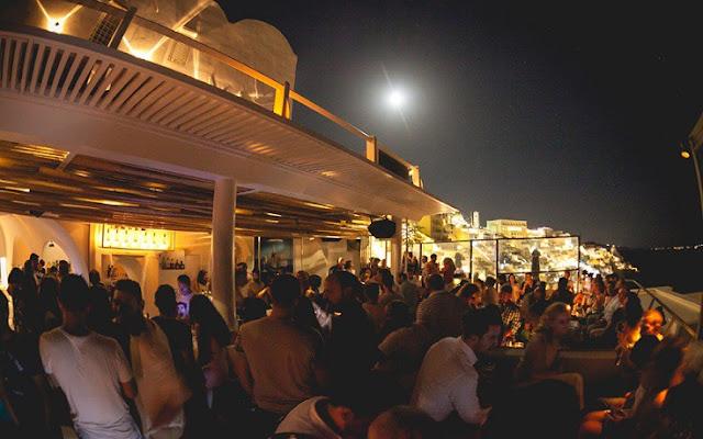 Tango Bar, Santorini