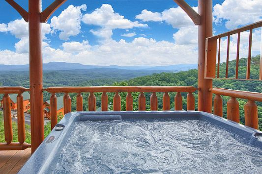 Spring break in march gatlinburg tennessee pigeon for Smoky mountain cabin specials