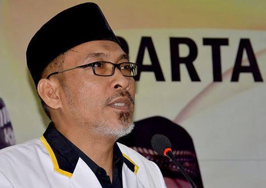 Emban Amanah Ketua PKS Kalbar, Arif Joni Teteskan Air Mata