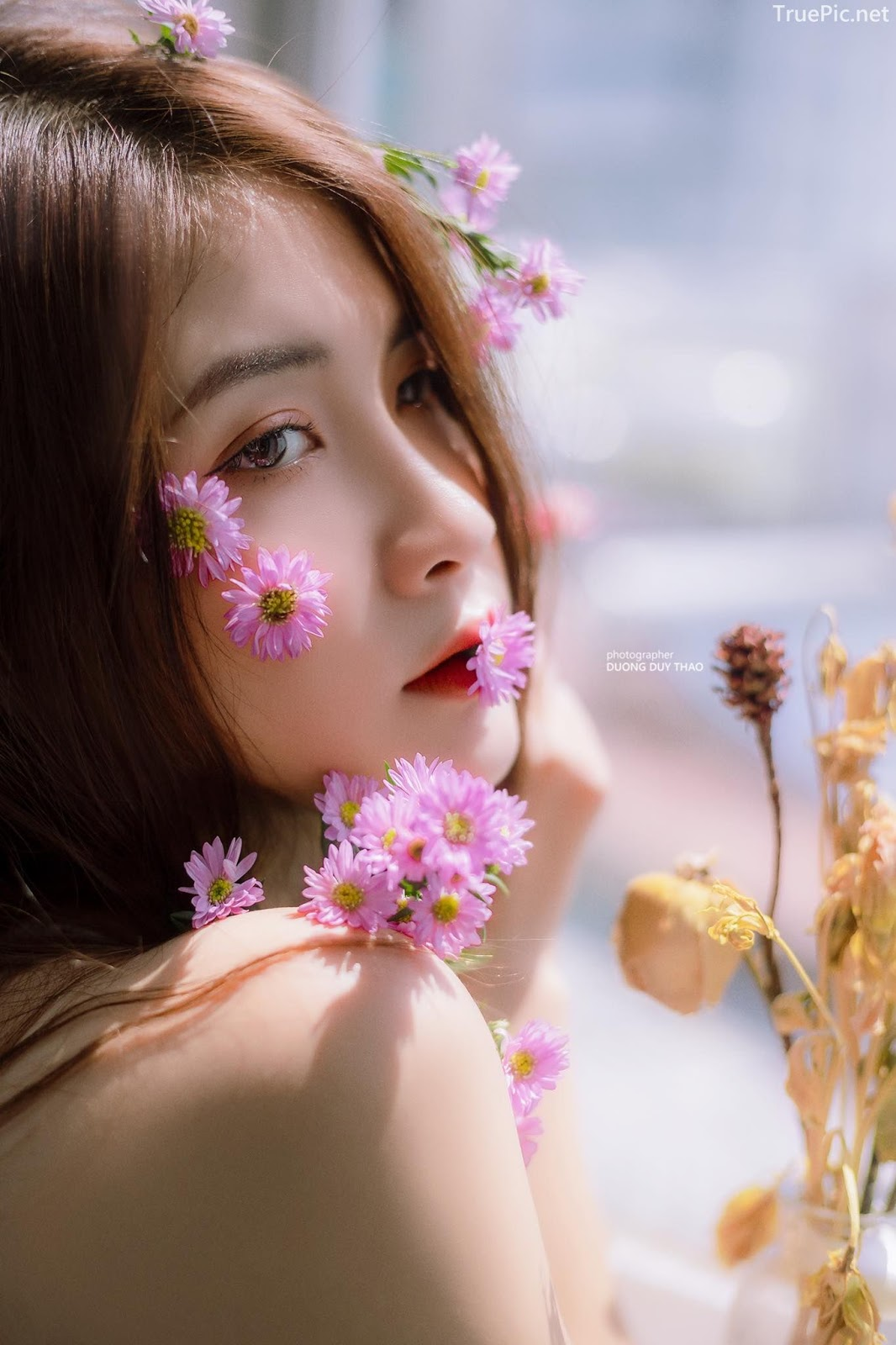 Vietnamese beautiful model Vu Thanh Huong - Fairies purple chrysanthemum - Picture 2