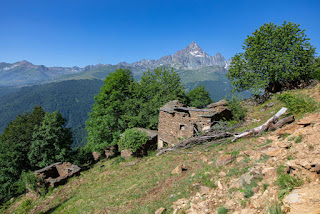 Ambornetti Monviso Retreat