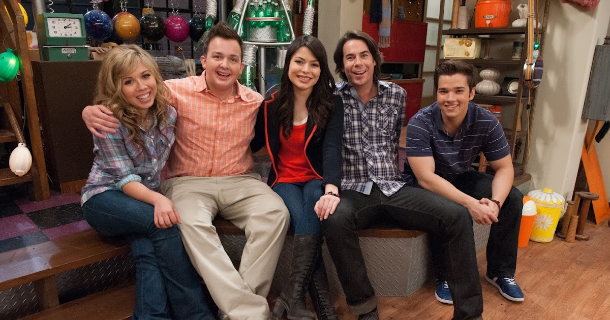 """I Carly Cast: NickALive!: Why Did """"iCarly"""" End? Answers To This And Your"""