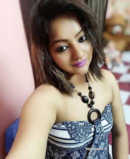 indian sexy girl photo wallpaper Navel Queens