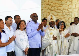 Alcalde Alfredo Martinez, Jacinta Estévez, Cristina Lizardo, Freddy Santa