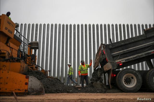 Según datos del Departamento de Seguridad Nacional, con las 400 millas de construcción del muro fronterizo entre México y EE.UU. algunos sectores -como El Paso, Texas- han visto reducido el índice de crímenes y contrabando hasta en un 60% / REUTERS