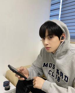"""Profile Lengkap dan Perjalanan Karir Cha Eun Woo """"Astro"""""""