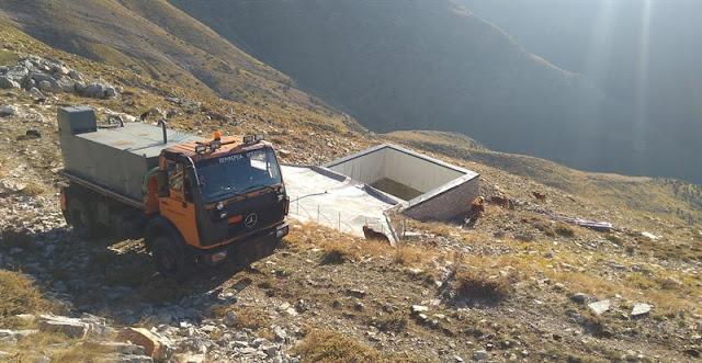 «Στέγνωσαν» τα βουνά της Ηπείρου - Με υδροφόρες νερό για τα κοπάδια!