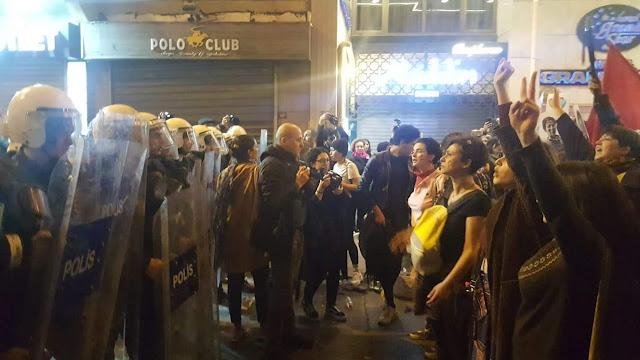 Estambul dispersa marcha de mujeres