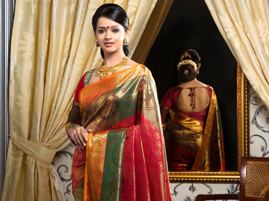 83 Best Bhavana images | Actress bhavana, Hottest photos ...
