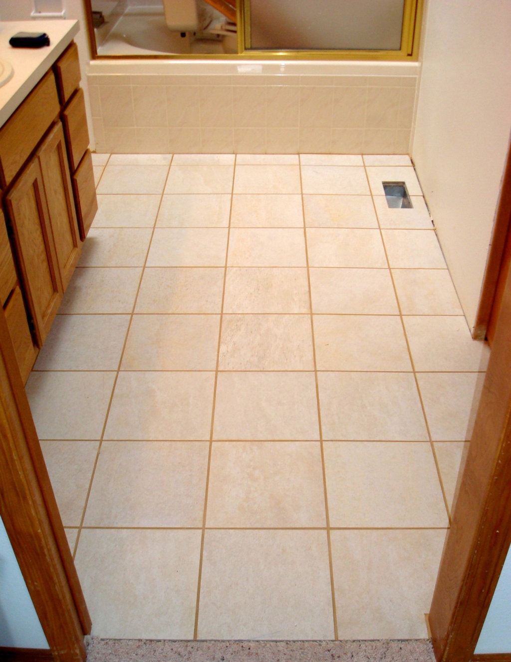 Ceramic tile flooring for your homes