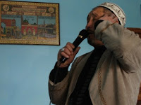 Kisah Nyata! Seorang Kakek Mendadak Adzan Jam 10 Malam, Warga Ramai-ramai Datang ke Masjid dan Ternyata..
