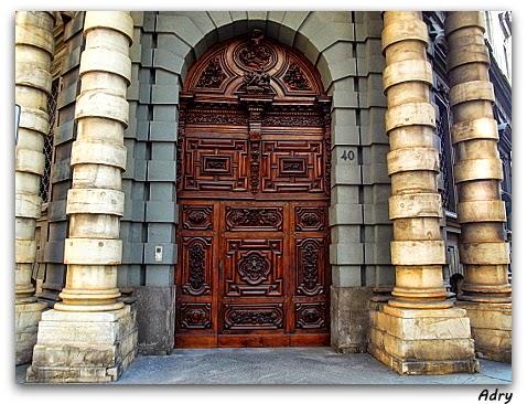 Fotografia e torino magica il portone del diavolo - La porta del diavolo ...
