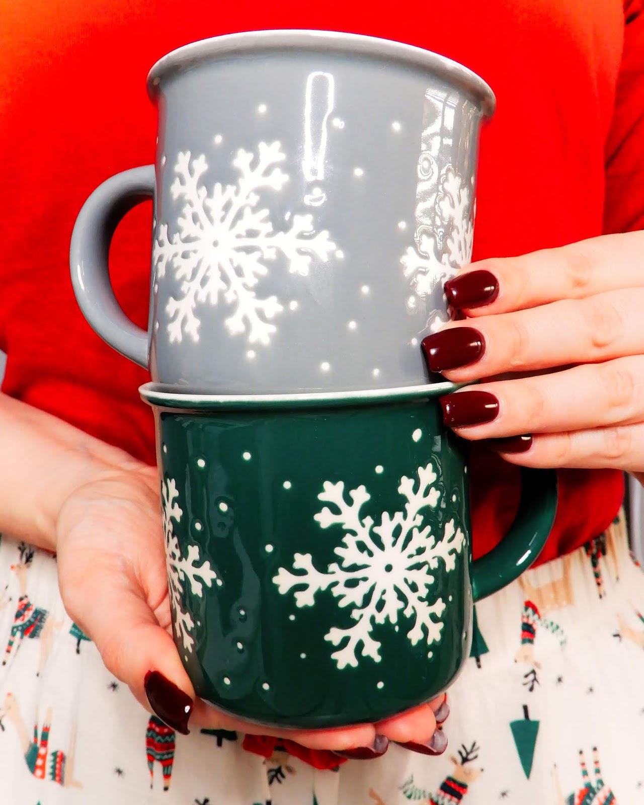 świąteczny kubek Homla, świąteczne inspiracje, świąteczna piżama primark,