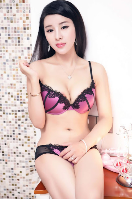 Hot and sexy photos of beautiful busty asian hottie chick Chinese booty model Shen Xi Yuan photo highlights on Pinays Finest Sexy Nude Photo Collection site.