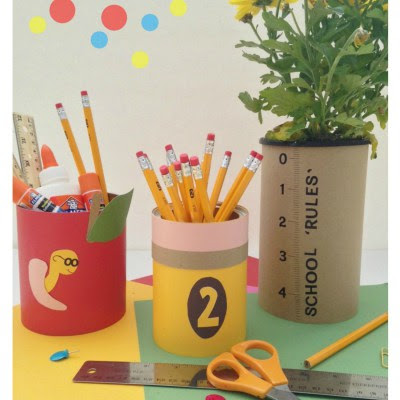 http://dazzlewhilefrazzled.com/school-teacher-gifts/