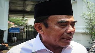 Menteri Agama : Cadar dan Celana Cingkrang Bukan Ukuran Taqwa