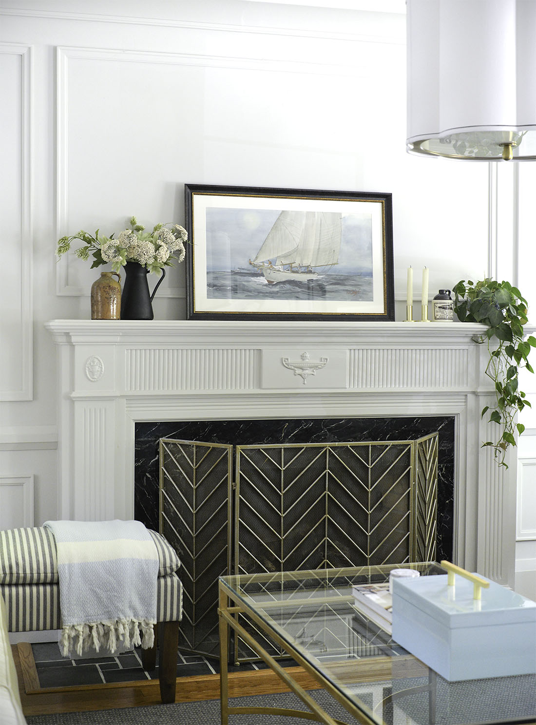summer mantel decor, coastal mantel, simple mantel decor, summer mantle