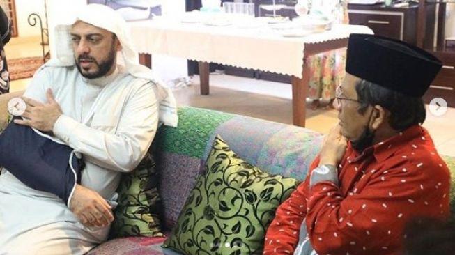 Bagaimana Awal Syekh Ali Jaber Memutuskan Menjadi WNI?