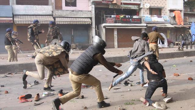 La India continúa reprimiendo protestas contra ley antimusulmana