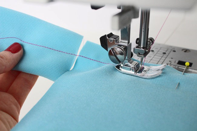 Tips to stop your sewing machine chewing up delicate fabric! - Tilly and the Buttons