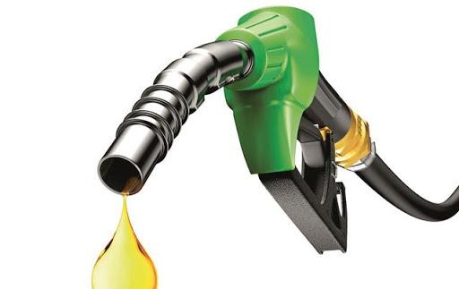१९ रुपैयाँ सस्तोमा किनेको पेट्रोल ४ रुपैयाँ मात्र घट्यो
