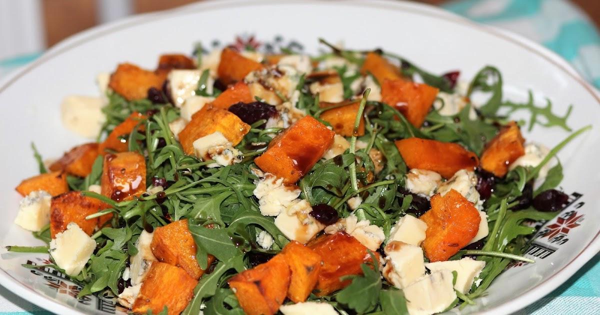 Помимо того, что салаты из тыквы красивы на вид, оригинальны на вкус, в них (точнее в самой тыкве) содержатся витамины группы в, каротин и соли к, mg, fe.