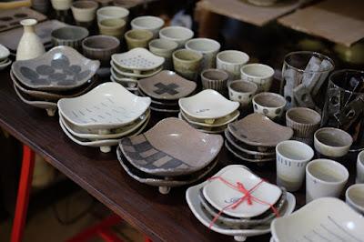 生坂村の陶芸工房 なかがわひとみ・月日工房 展示作品