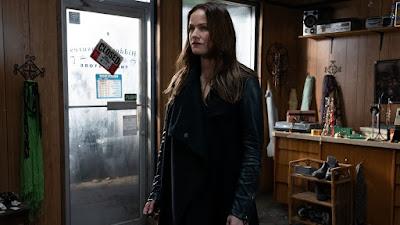 Van Helsing Season 4 Image 7