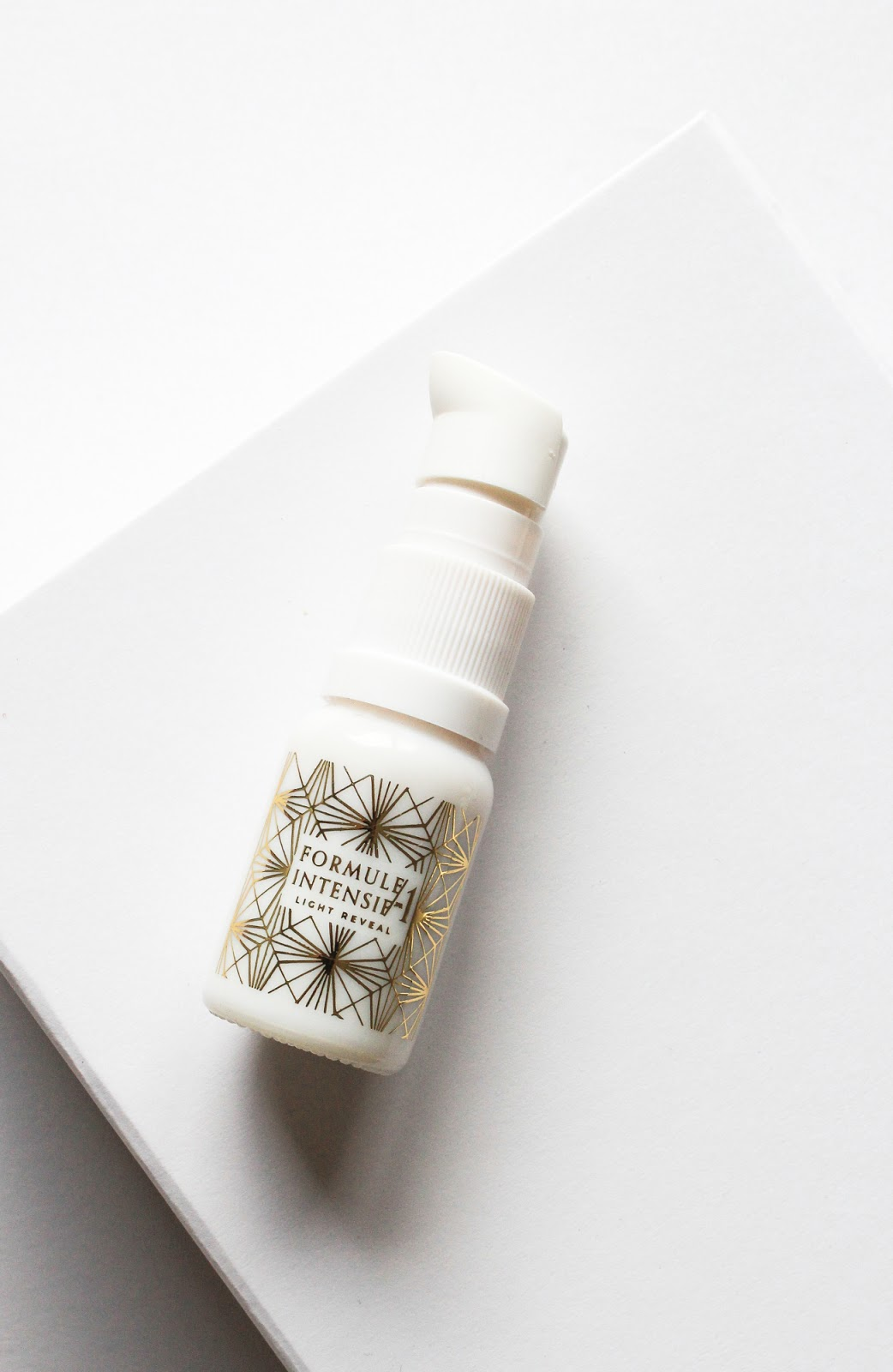 Wabi-Sabi Botanicals Indie Beauty Spotlight Discovery Limited Edition Beauty Heroes Light Reveal Targeted Treatment Serum