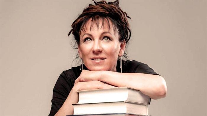Biografía de Olga Tokarczuk en Bestia Lectora