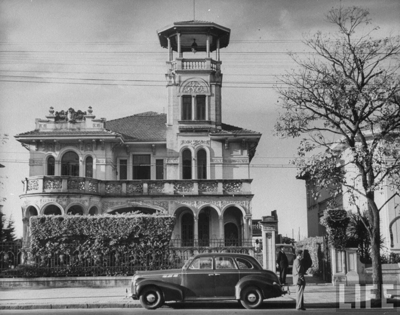 1947%2B %2Bcasarao%2Bav%2Bpaulista%2B %2BDmitri%2BKessel - Série Avenida Paulista: o mistério do casarão de Amin Andraus