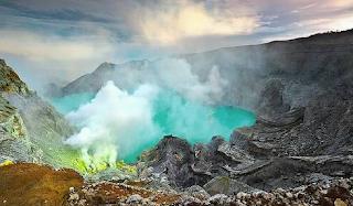 Wisata Kawah Ijen Kabupaten Bondowoso