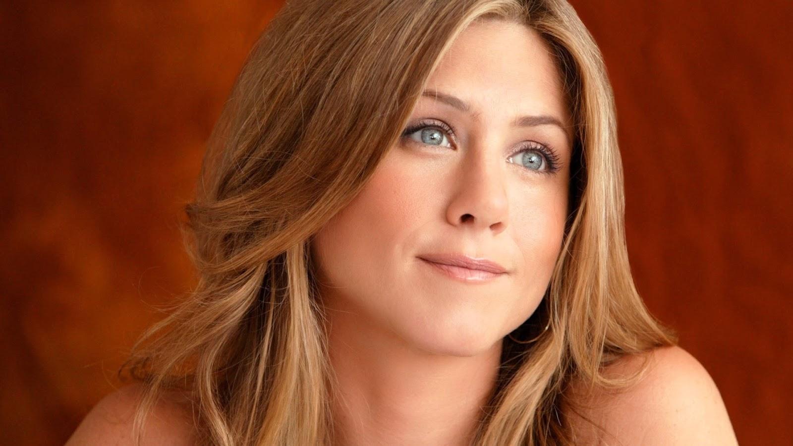 Hollywood Actress Jennifer Aniston Wallpapers HD ~ Desktop