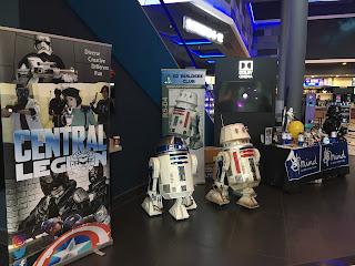 The Rise of Skywalker promo event, R5-D4, R2-D2
