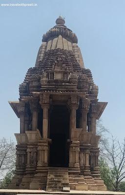 चतुर्भुज मंदिर खजुराहो - Chaturbhuj Temple Khajuraho