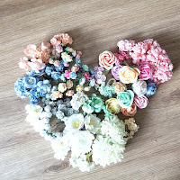 http://www.scrappasja.pl/k19,kwiaty-i-dodatki.html