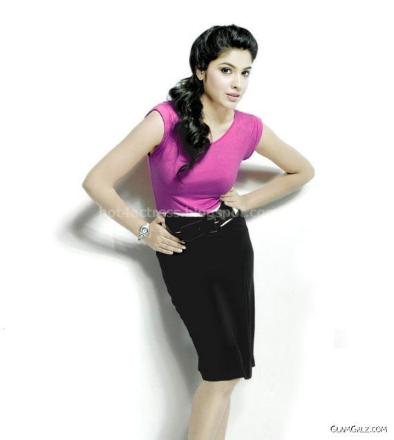 Archana kavi latest sexy photos