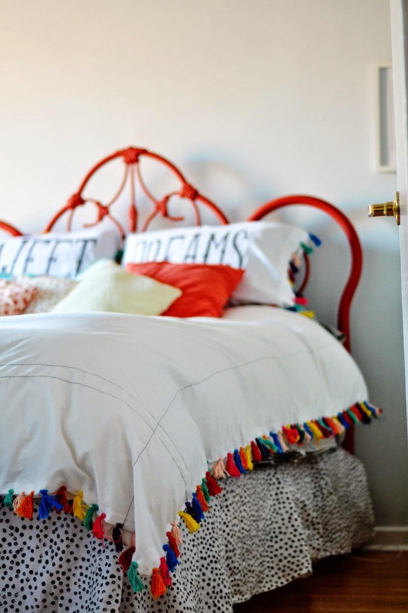Boho on a Budget: 10 DIY Home Decor Projects {DIY bohemian} on Boho Bedroom Ideas On A Budget  id=90126
