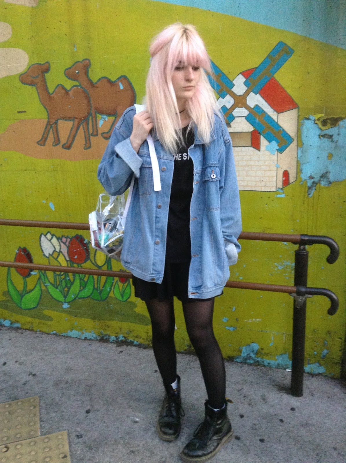 BMTH OOTD pastel hair grunge