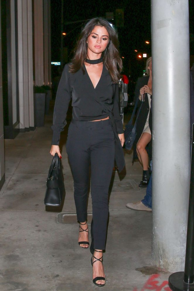 Selena Gomez, au restaurant Catch, à Hollywood, le 3 décembre 2016