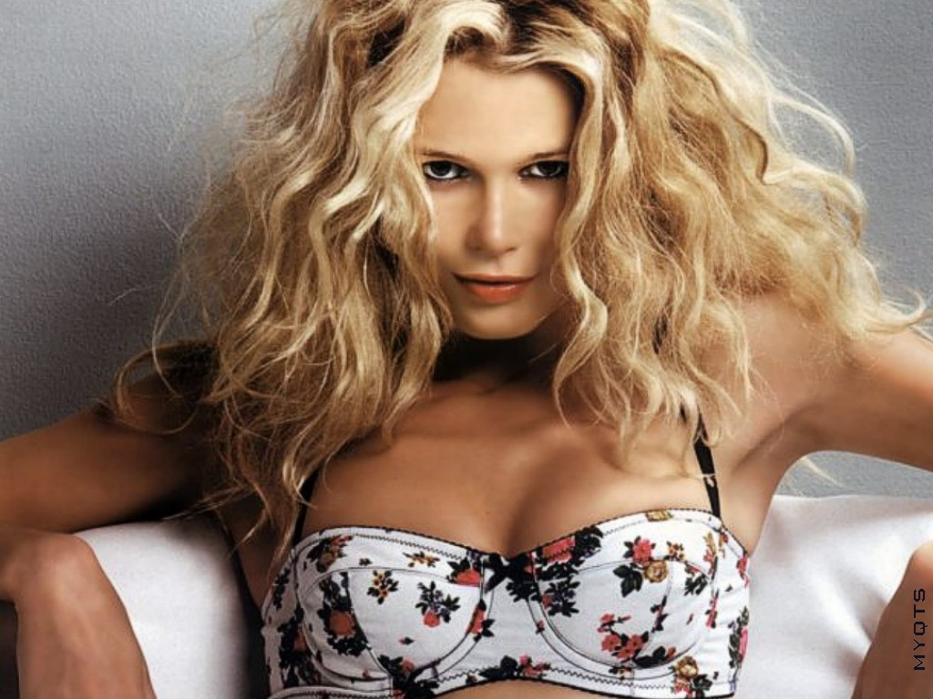 Cleavage Claudia Schiffer nude (77 photo), Sexy